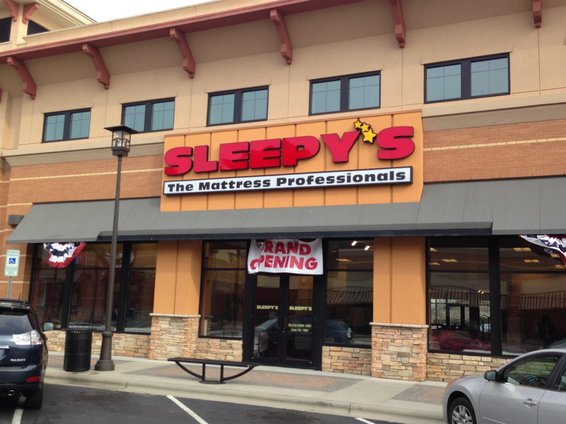 gallery photo : Sleepy's Stores Interior Renovation and Buildout